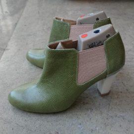 仮靴の色も要チェック!!